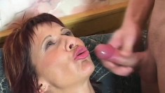 Lustful mature woman gets her tight anal hole drilled hard and screams with pleasure