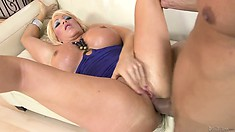 Majestic blonde with superb features gets her door bumped hard