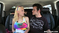 Hot blonde Kagney and the Scrub enjoy a drive and lunch before sex