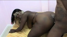 Ebony Star gives into temptation and fucks a well-endowed stunner