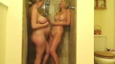 Two Lesbian Blondes One Bath Together
