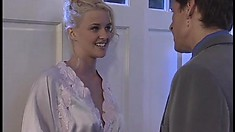 Busty blonde Hannah Harper can't wait to pleasure a hung dude